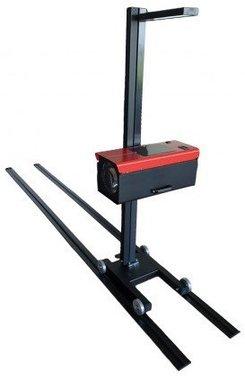 Dispositivo di regolazione del tester dei fari su rotaie