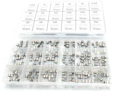Assortimento di fusibili rapidi in vetro 0,5A- 15A 180 pezzi
