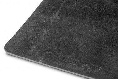 Gomma piatta su un rotolo 10 m nero