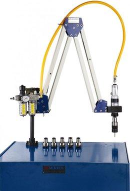 Braccio di maschiatura pneumatico M10 - M20 campo di lavoro 500 - 1600mm